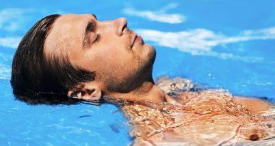 Ce pericole ne pasc la strand, piscina  - de la otita la diverse tipuri de leziuni