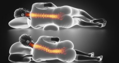 Pozitii recomandate de dormit daca ai dureri de spate