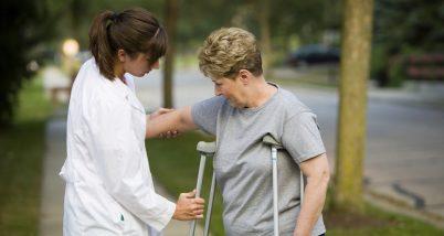 Boala Parkinson: ce este si ce manifestari are aceasta